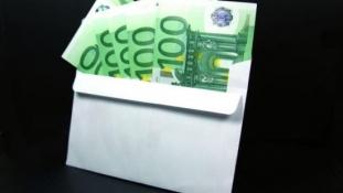 Sporuri salariale bizare in Grecia.