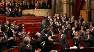 Parlamentul Catalan aproba declaratia de independenta
