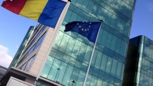 Ce asociatii din Catalunya vede ambasada de la Madrid