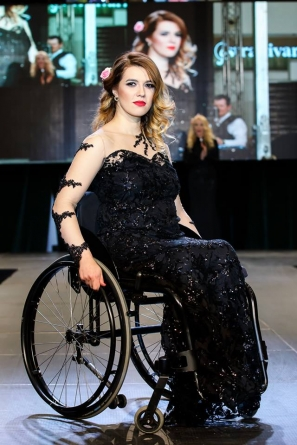 Moda in scaun cu rotile