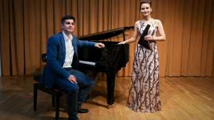 """Andrea Chira si Adrian Gaspar concerteaza astazi la Madrid cu """"Classic Meets Jazz Meets Folk"""""""