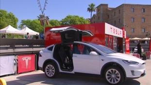 Catalunya incearca sa atraga prima fabrica Tesla în Europa