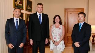 Președinta guvernului Insulelor Baleare l-a primit în audienta pe Manuel Plesa