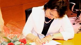 """""""Răsărituri între două ape"""" – Marina Dirul – lansare de carte Barcelona"""