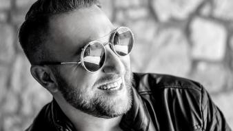 Cum facem diferenţa dintre un zâmbet fals şi unul real?