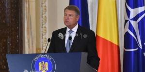 """""""Condamn ferm acţiunile de forţă ale Jandarmeriei şi ale huliganilor"""" – Iohannis"""