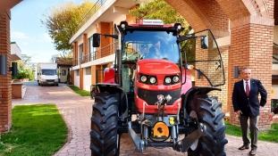 Primul tractor agricol produs in Romania dupa 10 ani. Tagro