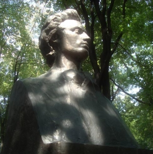 Multumesc Eminescu – femeile din viata Luceafarului