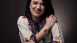 Corina Fakesch – cusătură pe argint, un concept Corina Jewelry Design
