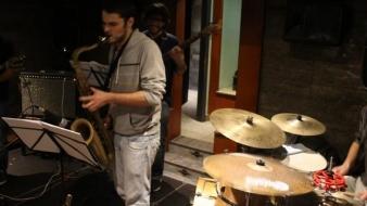 Mergem la un Jazz in Parc in seara asta – Barcelona pe racoare –