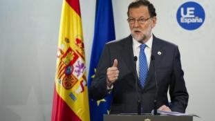 Spania: După zece luni de blocaj Socialiștii decid să îl lase pe Rajoy să formeze un guvern