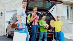Zbor la Otopeni şi Închiriez Maşină este una dintre variantele de mobilitate pentru călătoria în ţară
