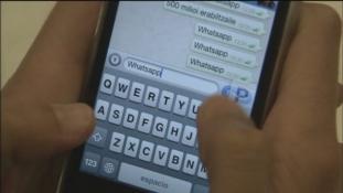 Dependenţa de WhatsApp – Sindromul 'doble check'